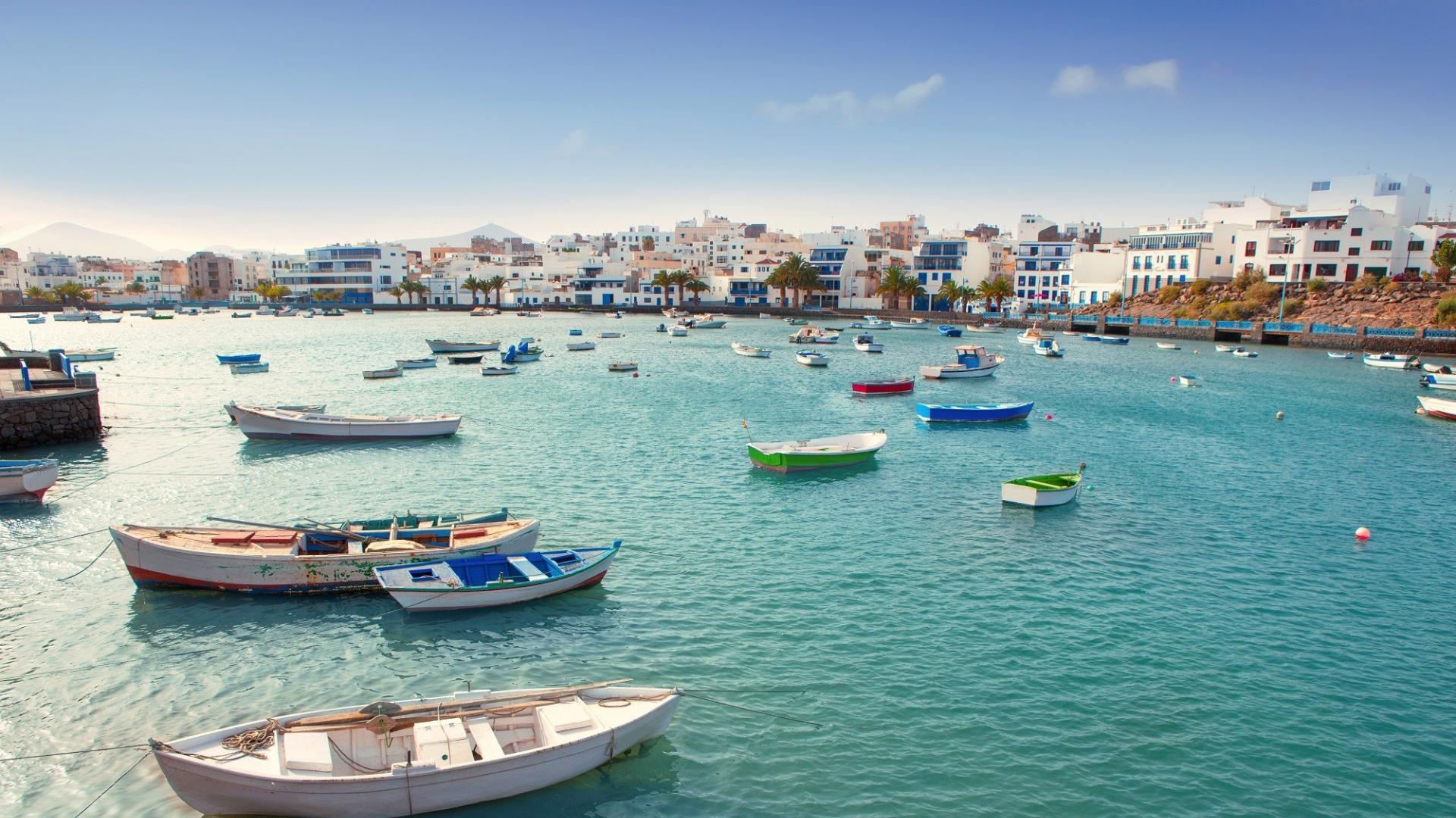 Dagaanbieding: 8 of 15 dagen genieten op het Spaanse eiland <b>Lanzarote</b> in een studio incl. autohuur