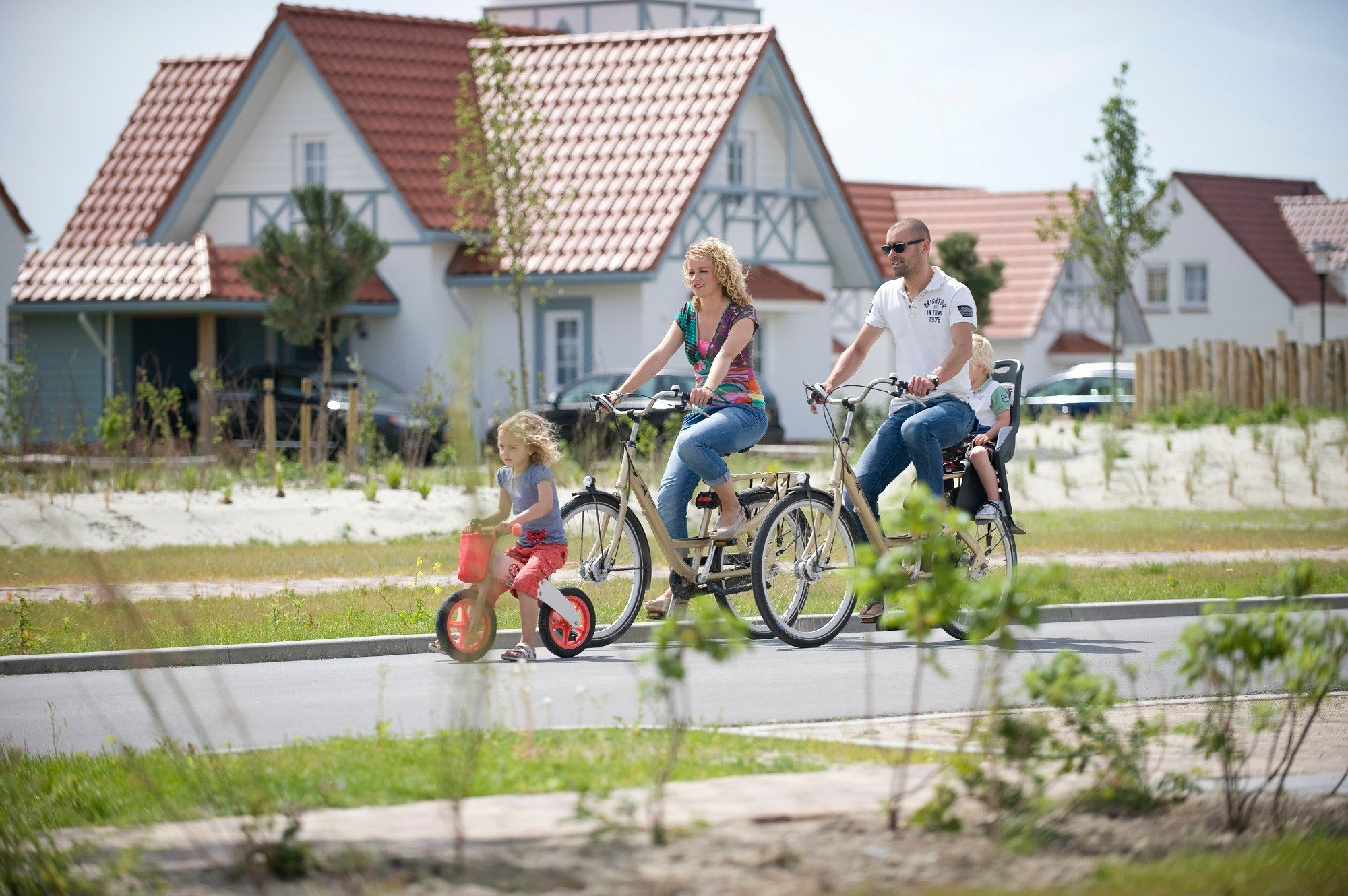 Dagaanbieding - Weekend, midweek of week Roompot Park in Zeeland bij het strand incl. verblijf in bungalow dagelijkse koopjes