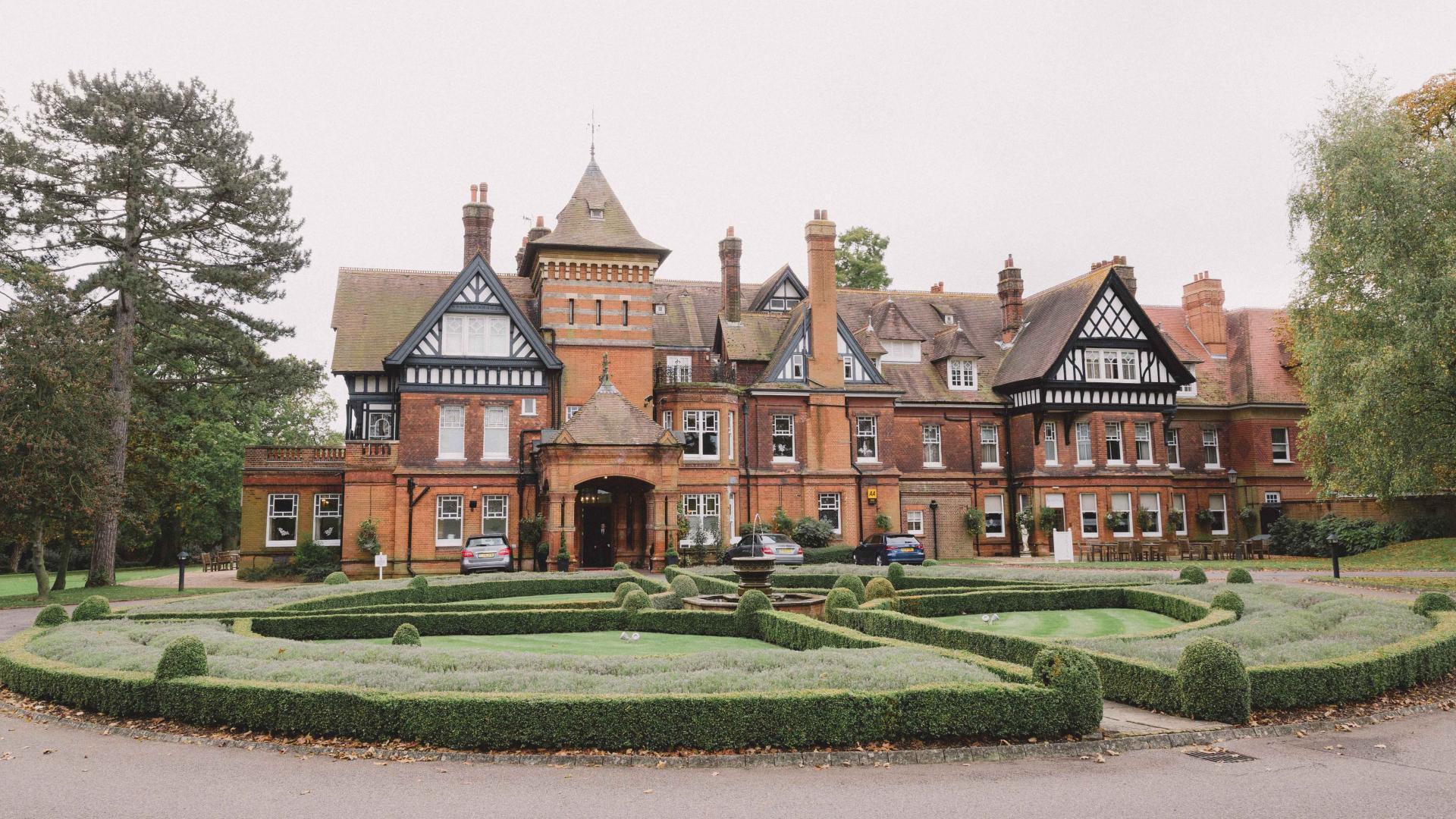 Dagaanbieding - 4-dagen-4*-hotel-in-Victoriaans-Landhuis-op-het-platteland-in-Surrey-incl.-overtocht dagelijkse koopjes