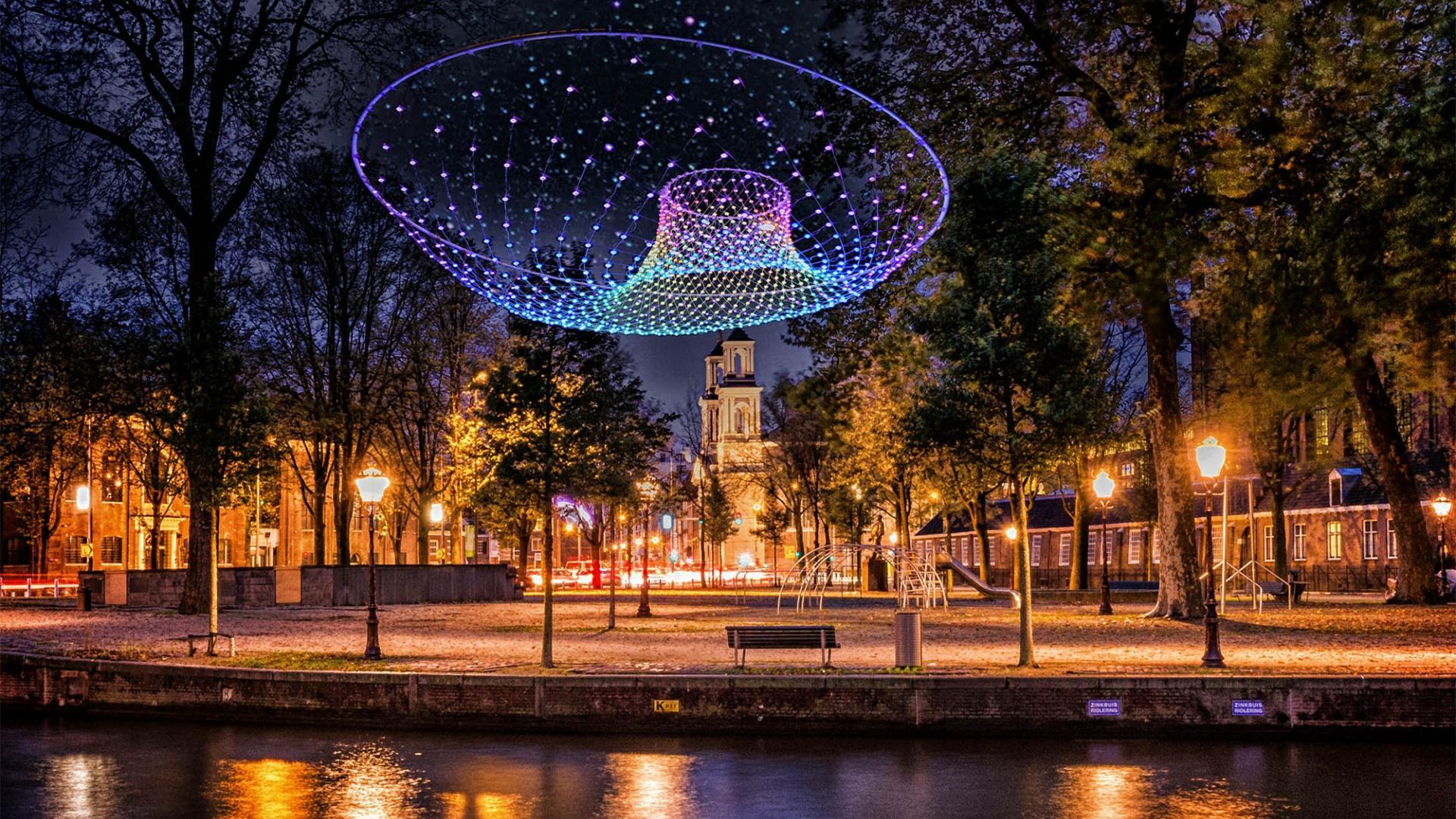 2 of 3 dagen 4*-Van der Valk hotel bij Amsterdam incl. luxe rondvaart rederij Nassau tijdens Amsterdam Light Festival