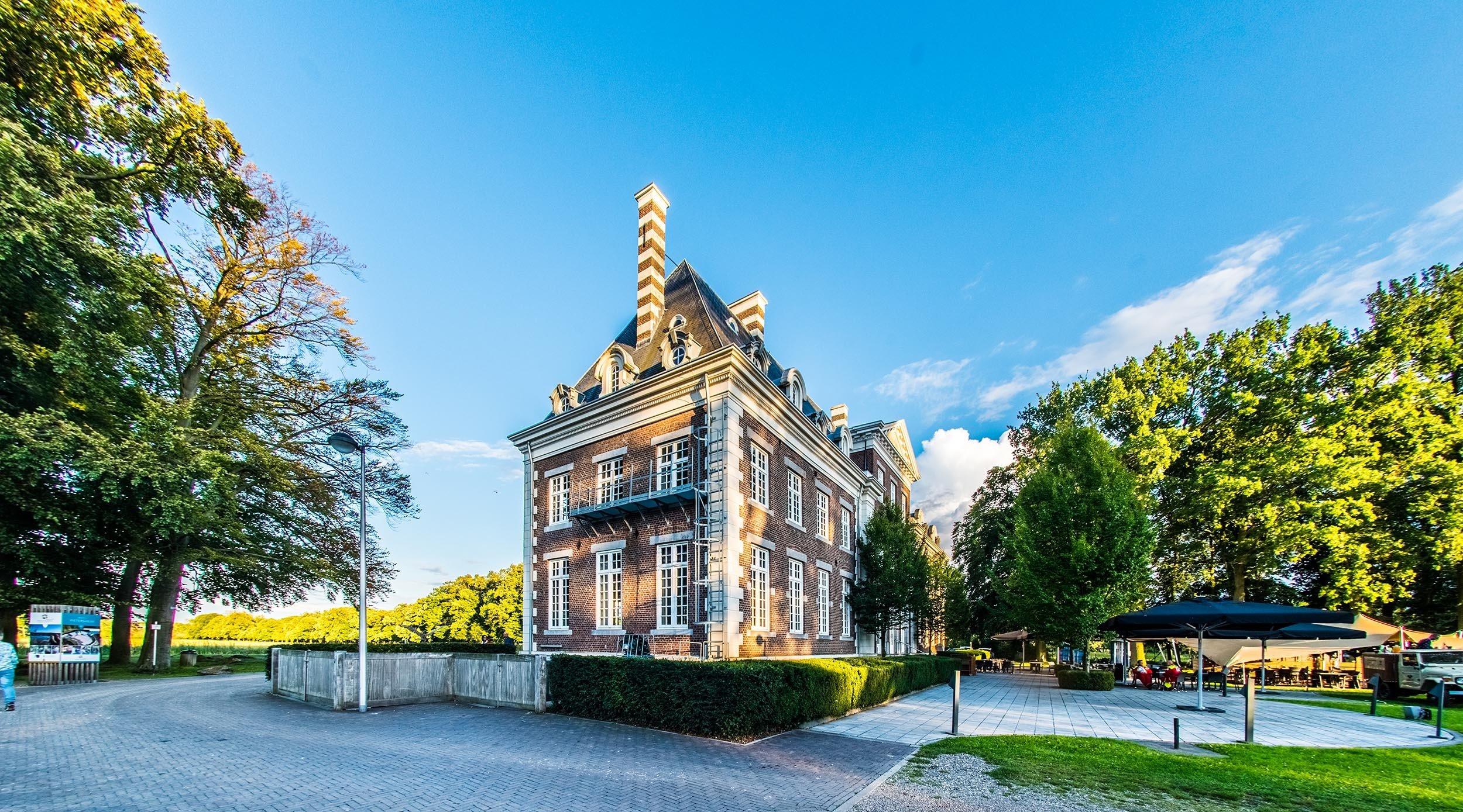 Dagaanbieding - Verblijf 1, 2 of 3 nachten in een historisch kasteel in Belgisch Limburg nabij Maastricht dagelijkse koopjes