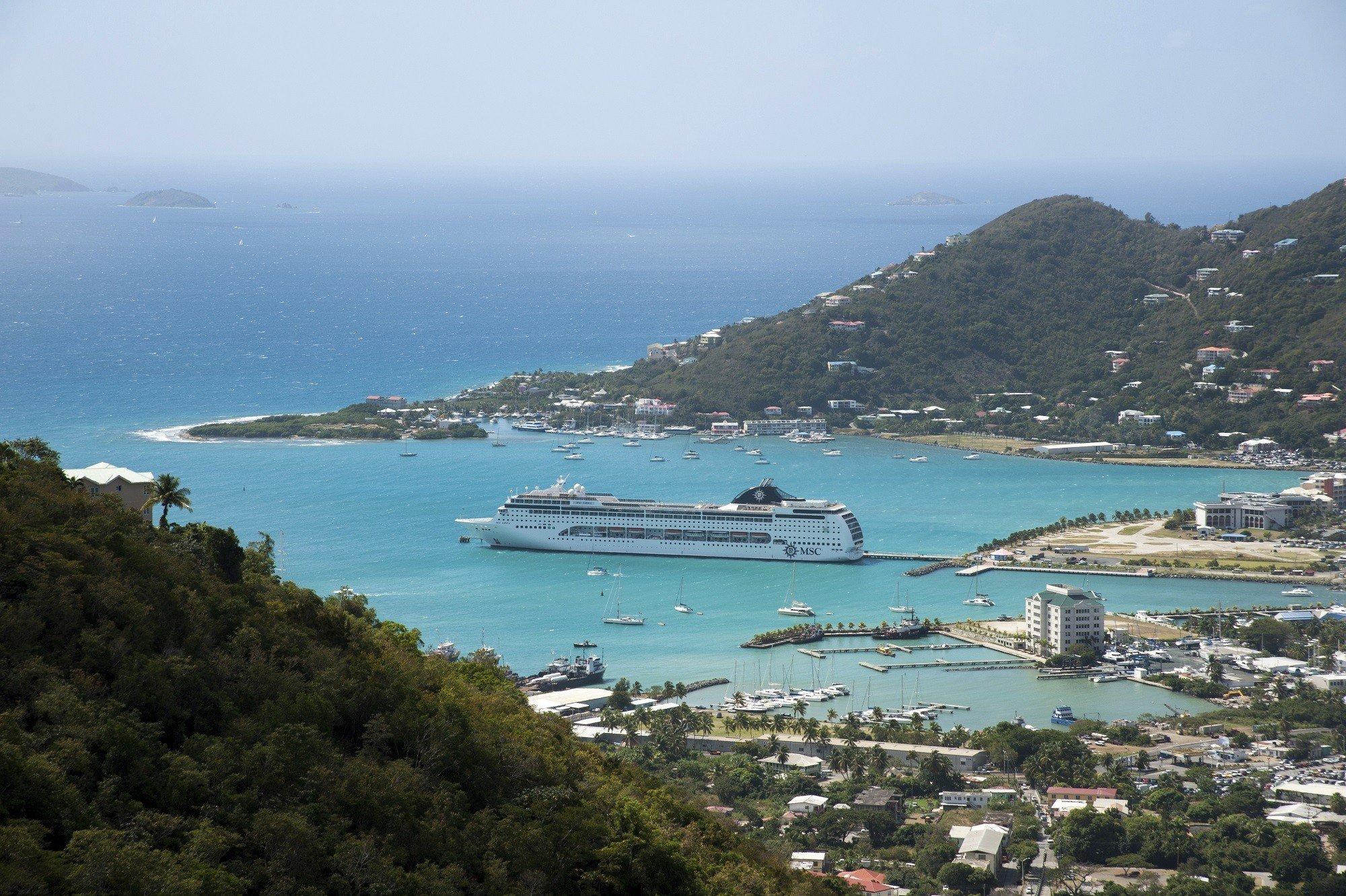 Dagaanbieding - Luxe cruise door het prachtige Caribische gebied o.b.v. volpension aan boord en incl. retourvlucht + overnachting in Miami dagelijkse koopjes