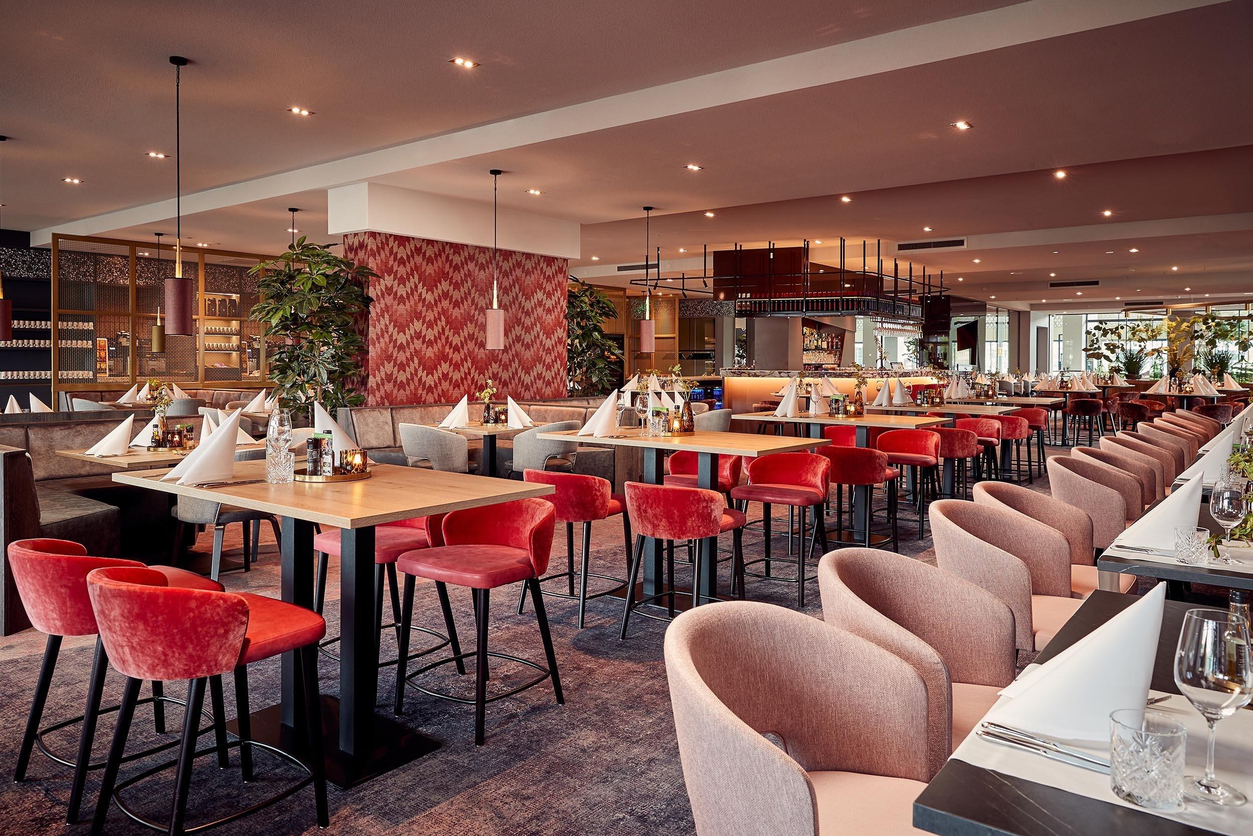 Dagaanbieding - FLASHDEAL ⚡ 4 dagen in luxe 4*-Van der Valk hotel Haarlem bij het strand incl 3 x 3-gangendiner dagelijkse koopjes