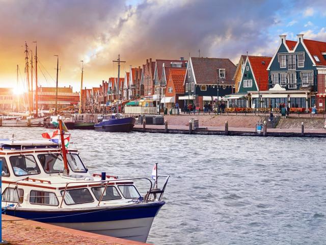 FLASHDEAL ⚡ Luxe 4*-Van der Valk hotel bij <b>Volendam</b> incl. ontbijt