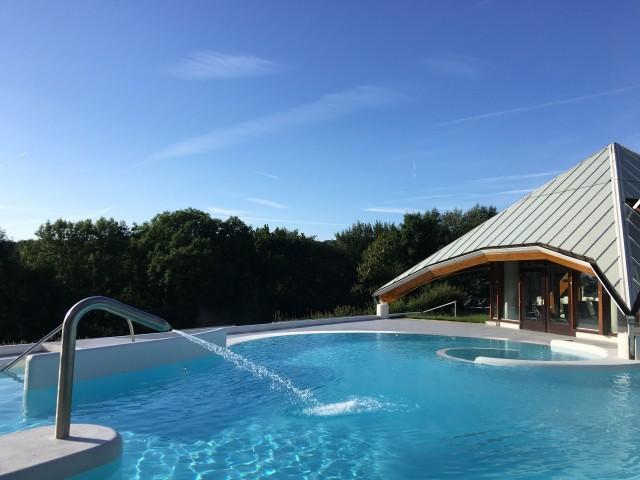 Verblijf in spa resort Thermae 2000 in <b>Zuid-Limburg</b> incl. diner en entree