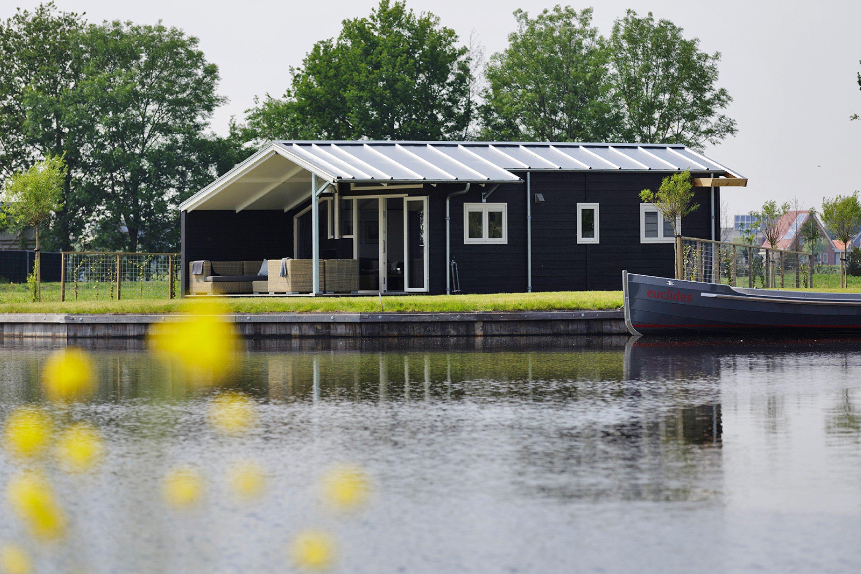Dagaanbieding - Weekend, week of midweek met het hele gezin in de prachtige natuur van Friesland incl. verblijf in chalet aan het water dagelijkse koopjes