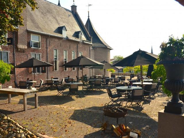 Luxe 4*-hotel bij <b>Kasteel Coevorden</b> incl. 4-gangendiner, wijnarrangement en meer!