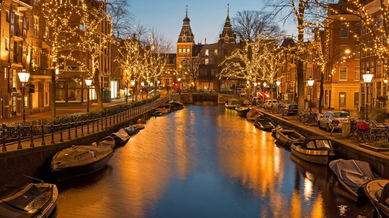 holiday-inn-express-amsterdam-north-riverside
