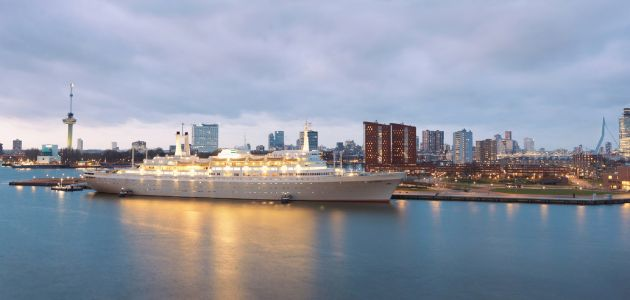Dagaanbieding: Uniek overnachten aan boord van het voormalige cruiseschip ss Rotterdam incl. diner!
