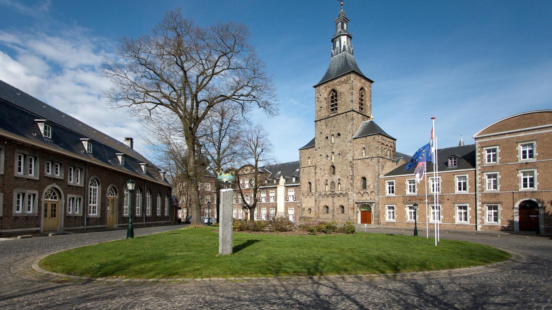 Dagaanbieding - 3 of 4 dagen in een prachtig abdijhotel in Zuid-Limburg incl. 3-gangendiner en meer! dagelijkse koopjes