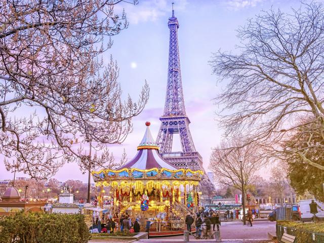 Kerstshoppen in <b>Parijs</b> incl. luxe 4*-Hilton hotel en ontbijt
