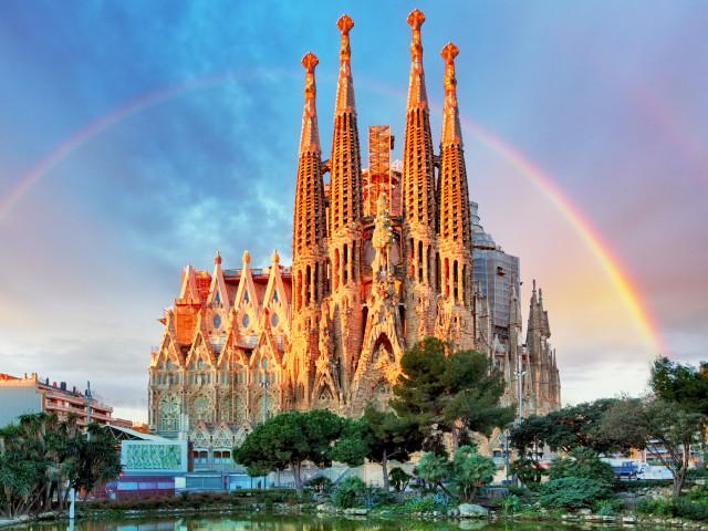 Verblijf in een 4*-hotel in het bruisende <b>Barcelona</b> incl. vlucht en ontbijt